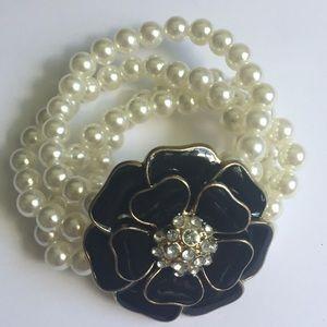 Vintage Jewelry Faux Pearls Gatsby Theme Bracelet